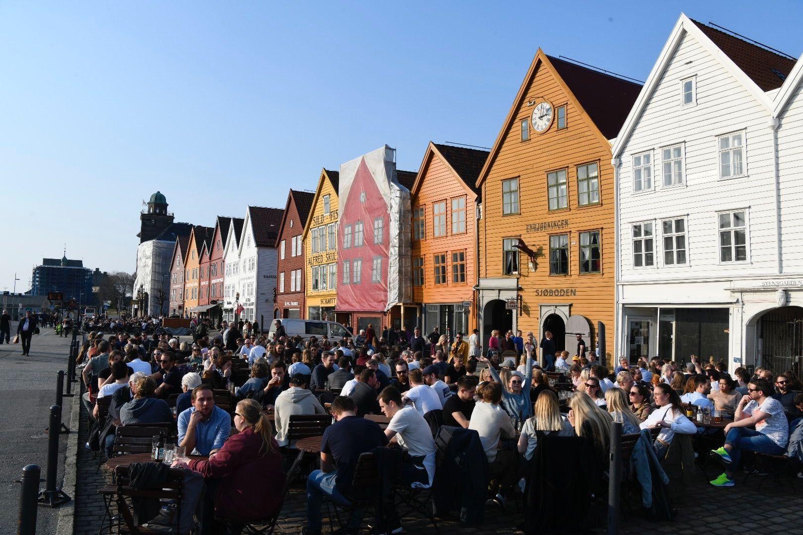 KOKER: Torsdag ble det satt varmerekord i Bergen med 19,3 grader.