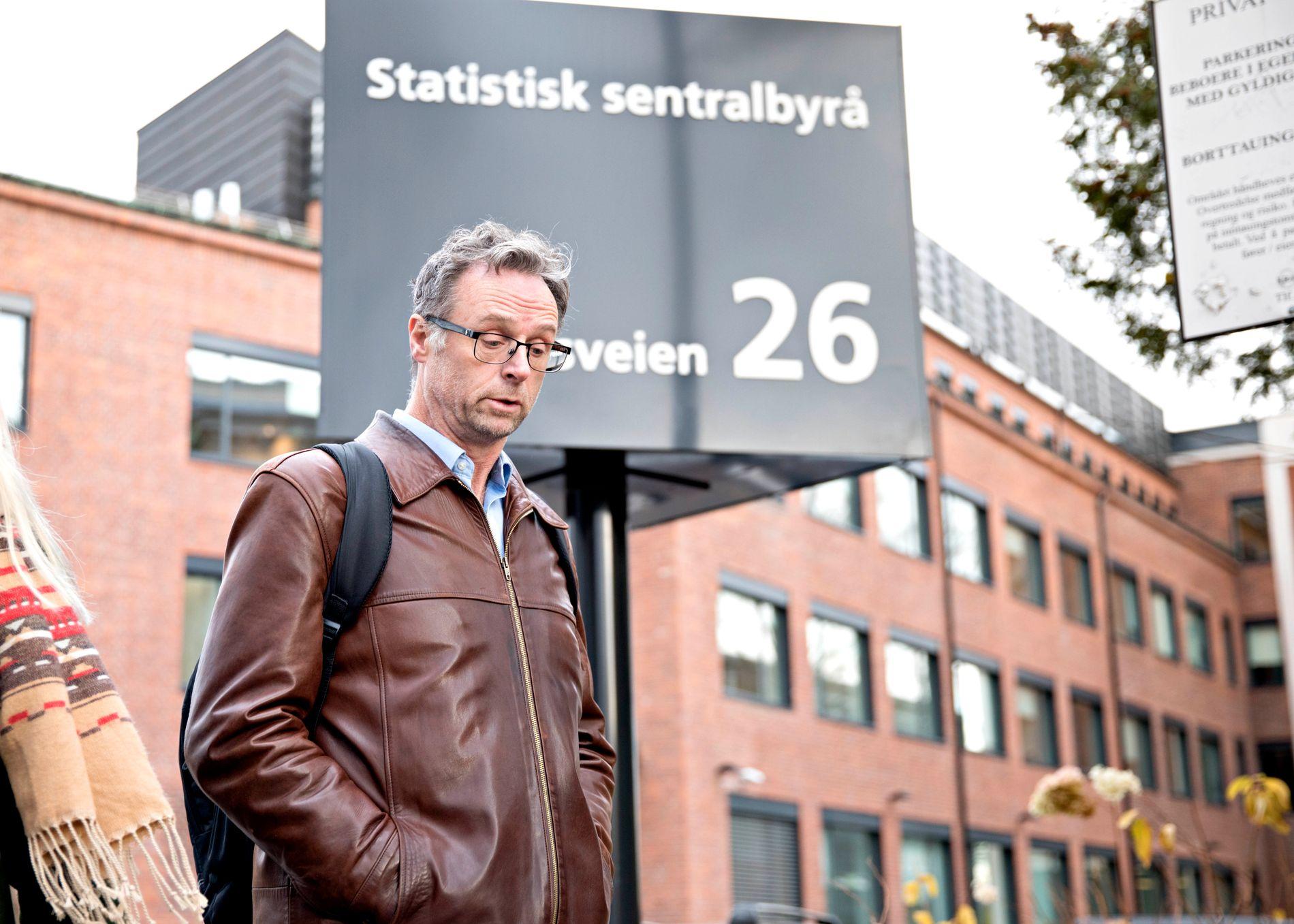 FORSKAREN: SSB-forskar Erling Holmøy har, som «innvandringsrekneskapens far», blitt populær i Frp-krinsar. Han vil bli eit sentralt tema i onsdagens høyring i kontrollkomiteen.