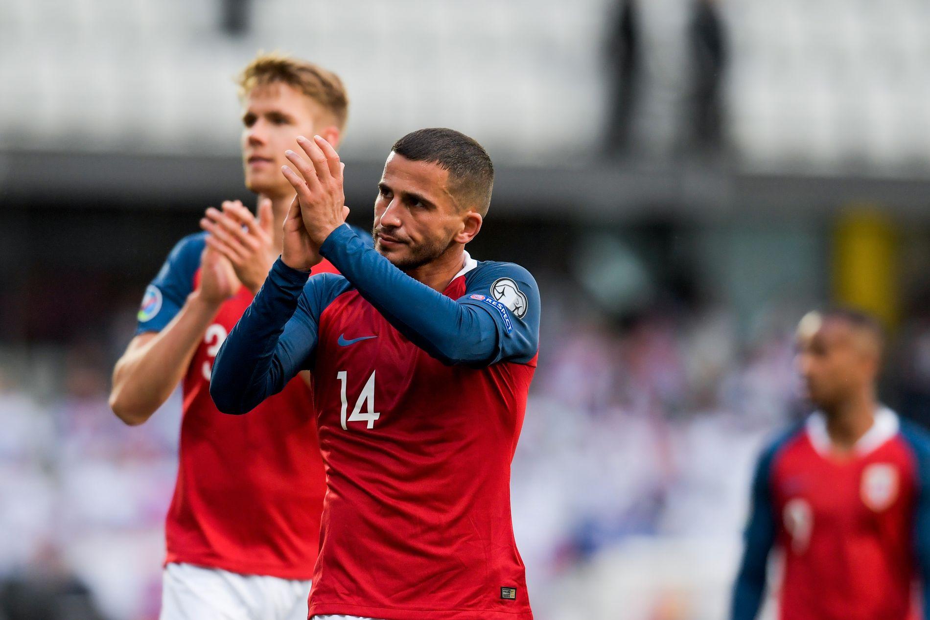 Norge-spillerne takket bortefansen for støtten etter kampen.