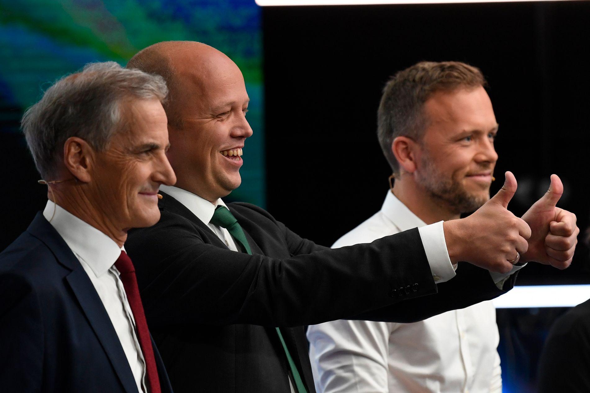 TV 2-MÅLING: Trygve Slagsvold Vedum, (Sp) i midten, har grunn til å juble etter at hans parti nesten har doblet seg siden forrige kommunevalg, ifølge TV 2s siste meningsmåling før valget.