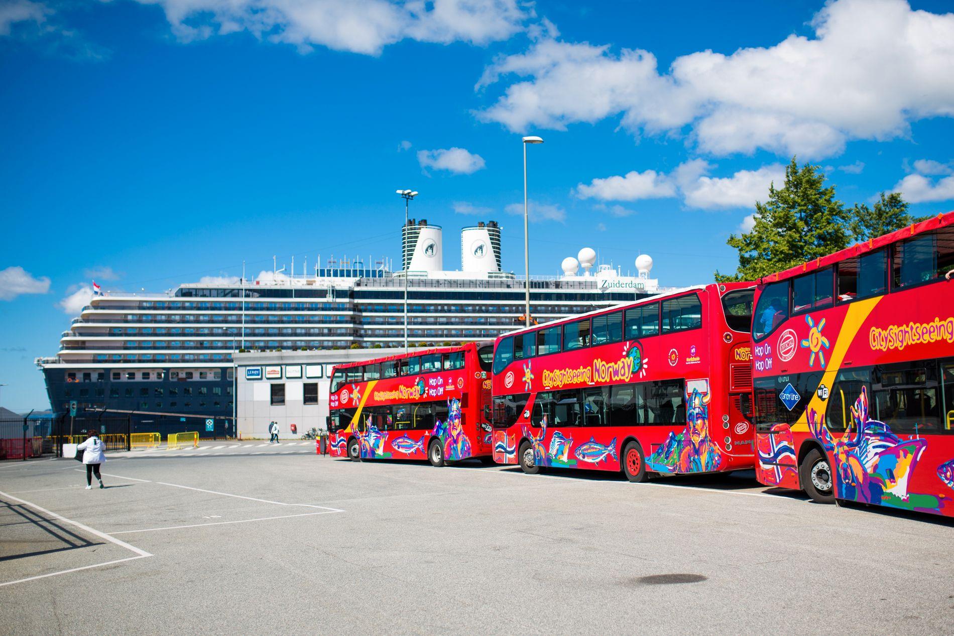 EKSOS: Viss strengare utsleppskrav fører til at det blir færre turbussar i Bergen sentrum, vil det berre vere ein fordel, skriv BT på leiarplass.