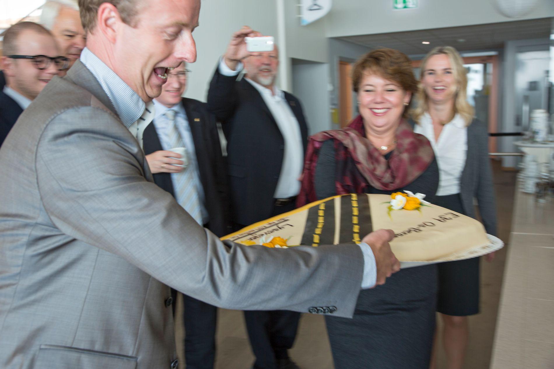 GOD STEMNING: Terje Søviknes (Frp) var veldig glad då bompengesøknaden for nye E39 frå Os til Bergen gjekk gjennom i regjeringa i 2014.