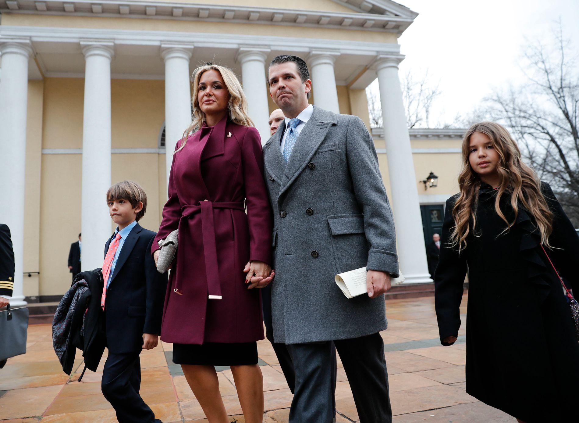 Vanessa Trump og Donald Trump jr. fotografert utenfor en kirke i Washington i januar i fjor.