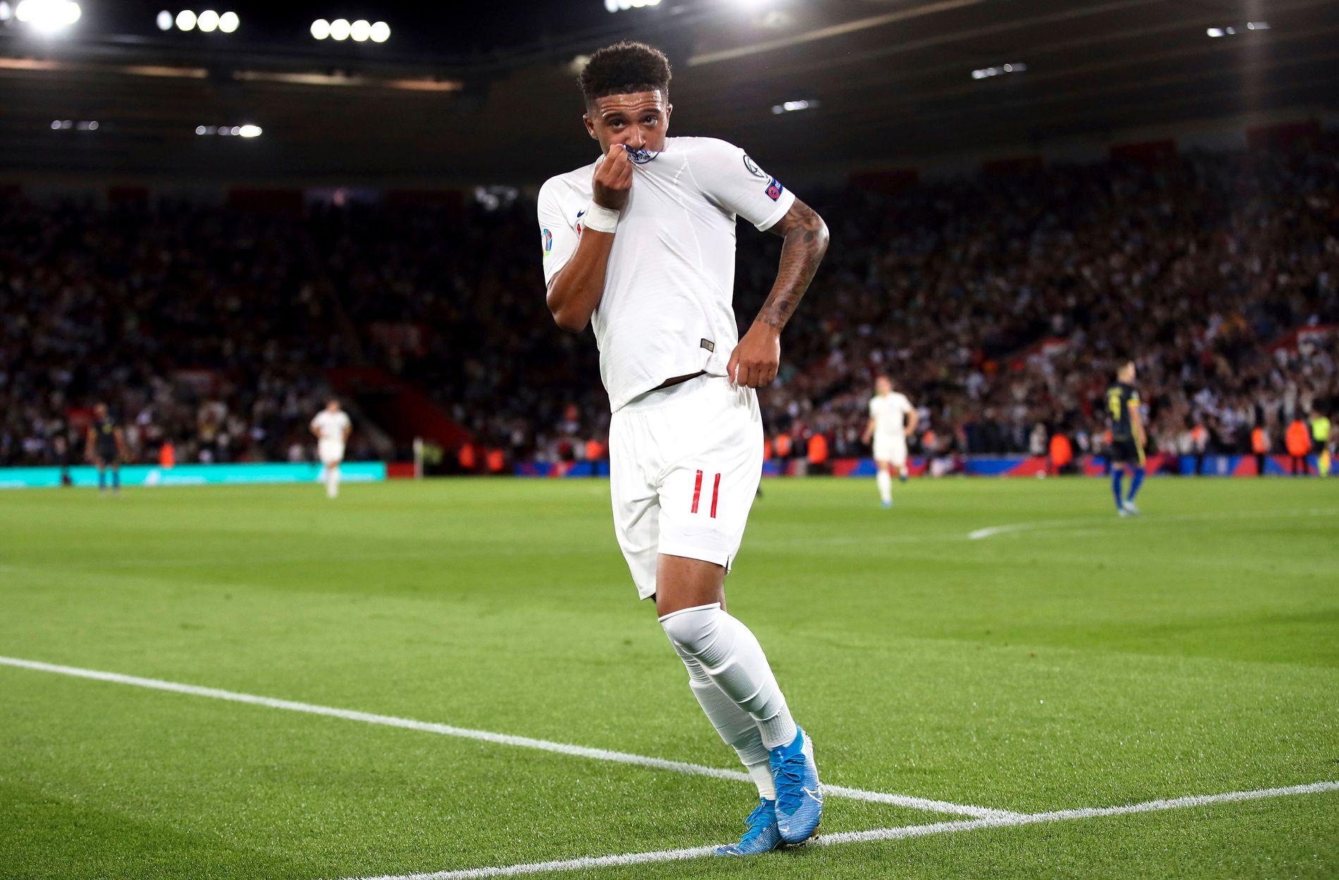 Jadon Sancho scoret to ganger for England mot Kosovo. Foto: Adam Davy/PA via AP / NTB scanpix