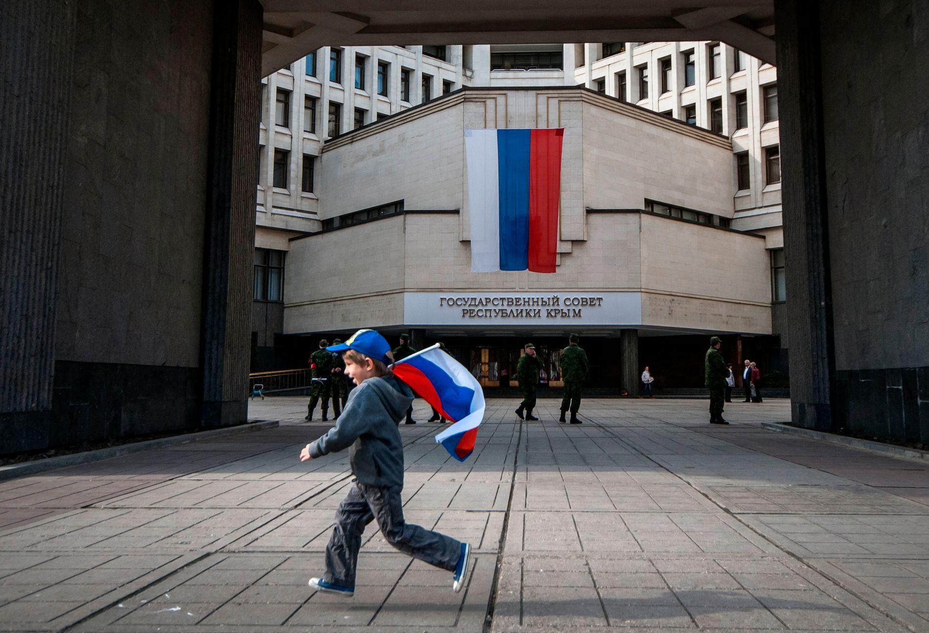 BELITET SEG IKKE: Russlands ulovlige annektering av Krim var et eksempel på at Kreml ikke ville belite seg, skriver innsenderen.