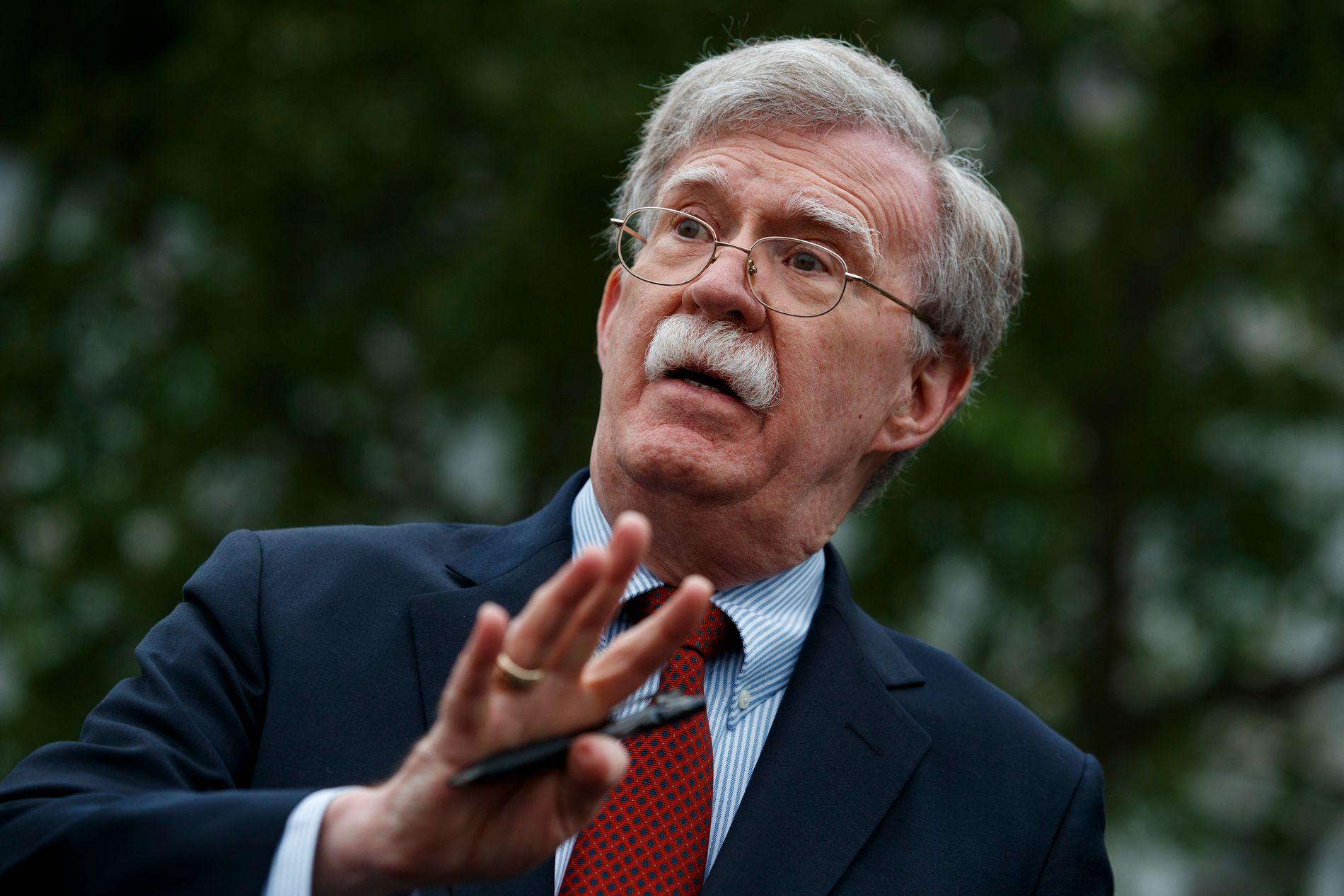John Bolton går av som nasjonal sikkerhetsrådgiver i Det hvite hus. Foto: Evan Vucci / AP / NTB scanpix