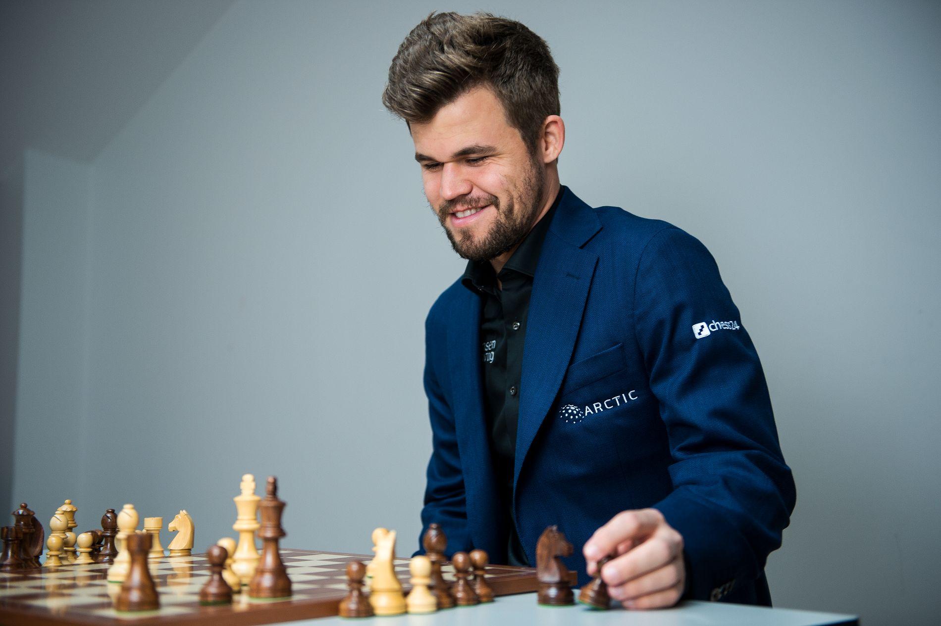 Magnus Carlsen er på vei mot en ny turneringsseier.