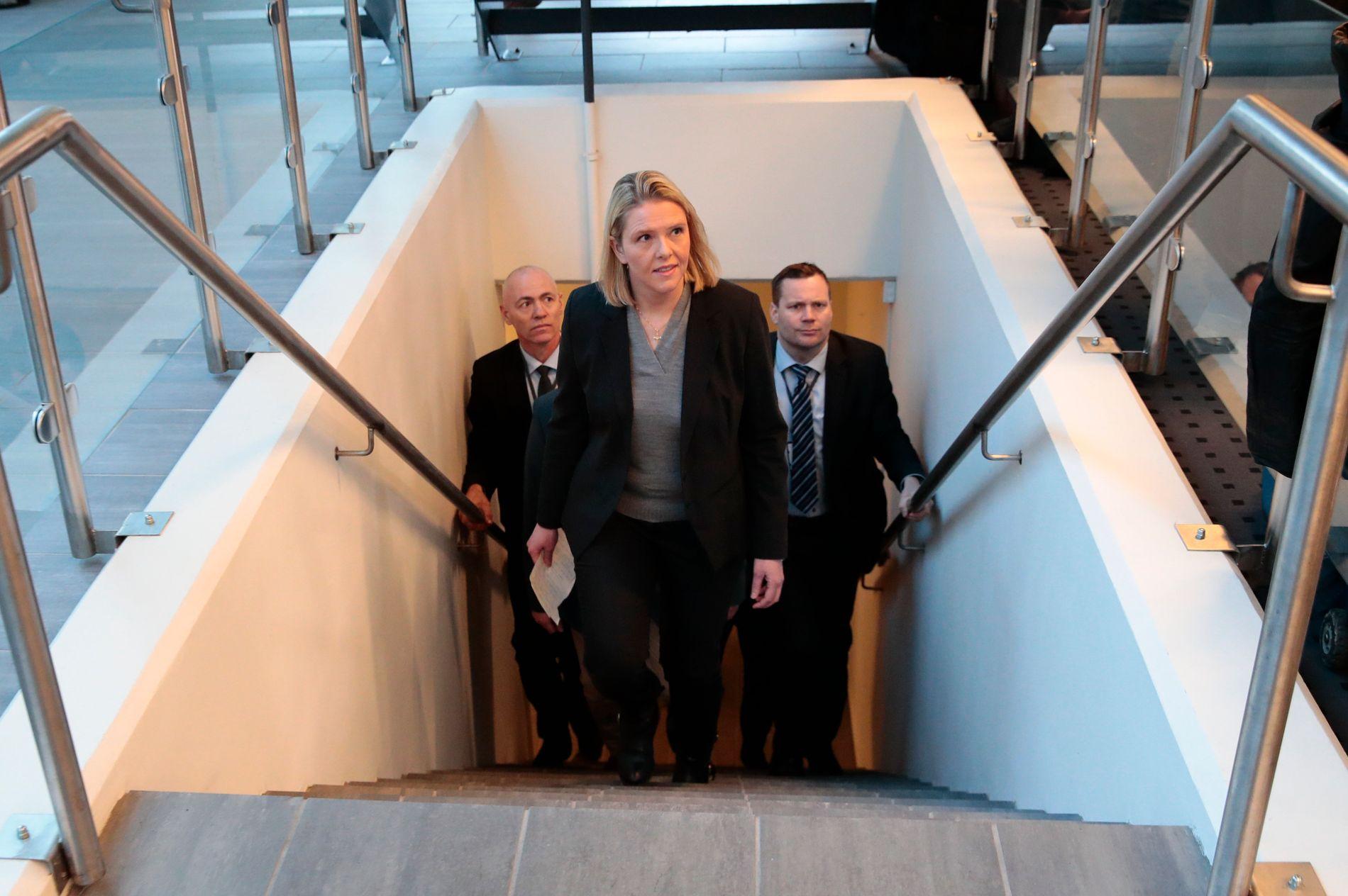 PÅ VEIEN UT: Sylvi Listhaug (Frp) måtte gå av som justiminister i vår etter et Facebook-innlegg om Arbeiderpartiet og terrorisme.