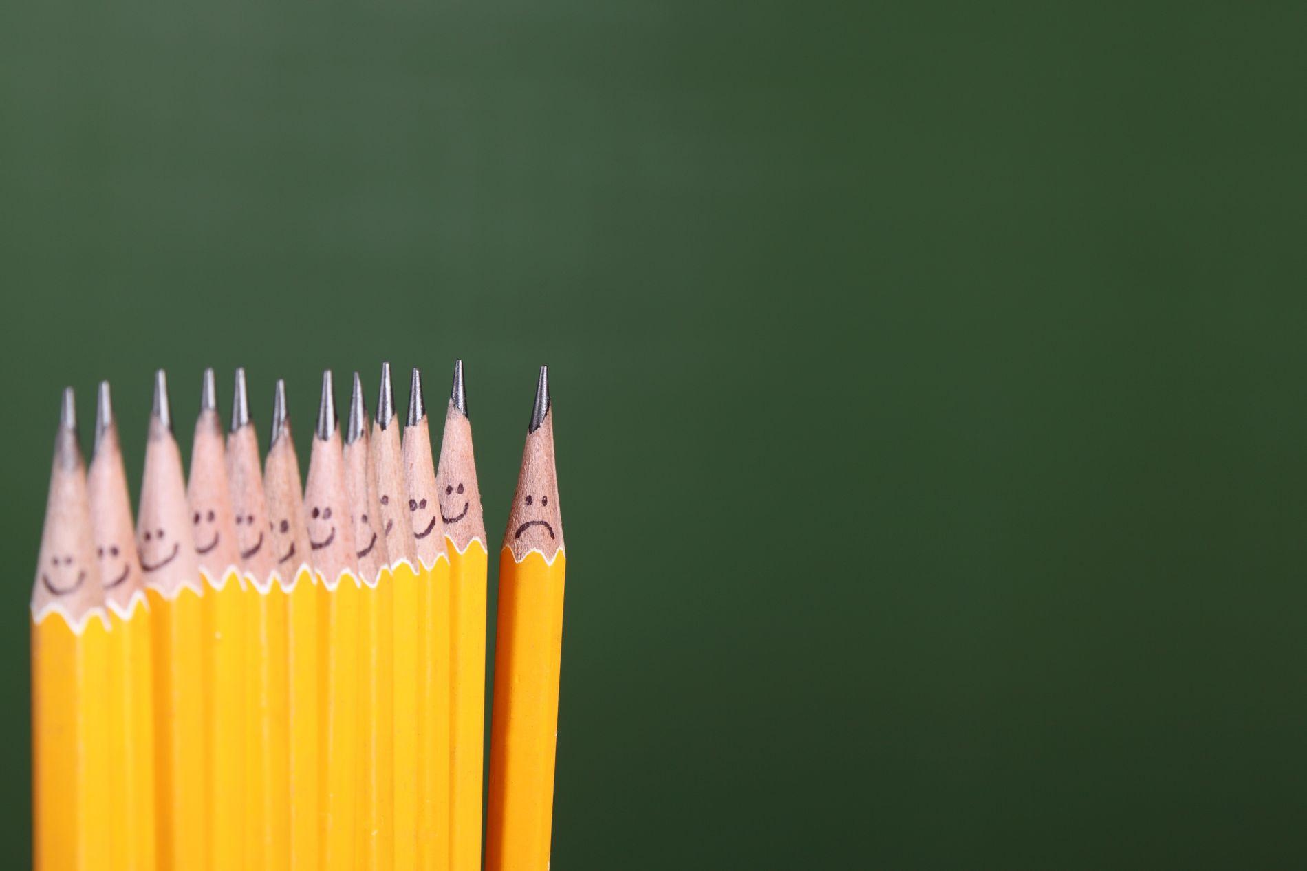 DÅRLIG: For de elevene som tilbringer time etter time på skolen uten å forstå hva undervisningen handler om, som har lite å bidra med når klassen har gruppearbeid og som ikke behersker fremføringens krevende kunst, fungerer skolen dårlig, skriver innsender.