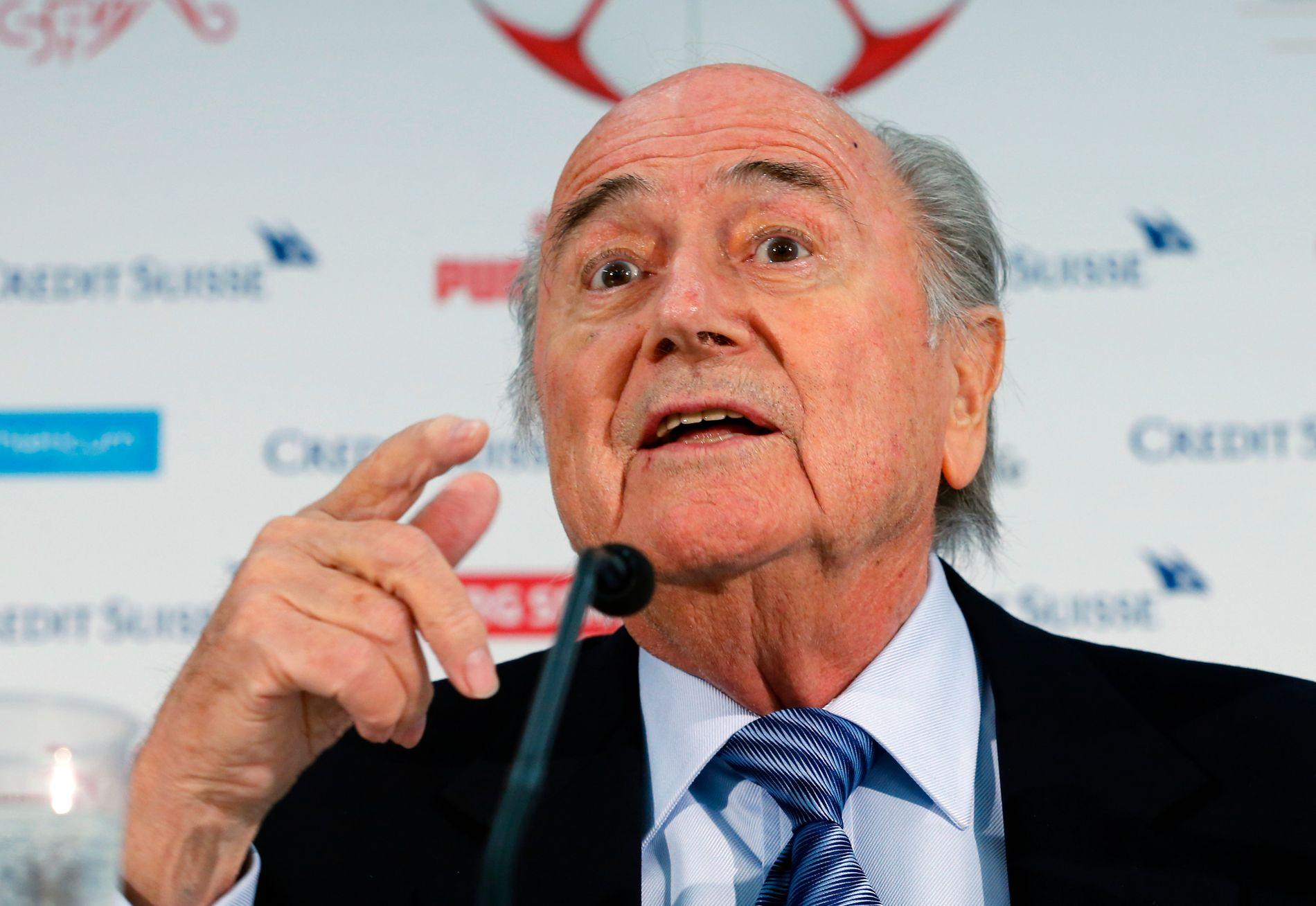 Sepp Blatters utspill om kvinnefotball provoserte.