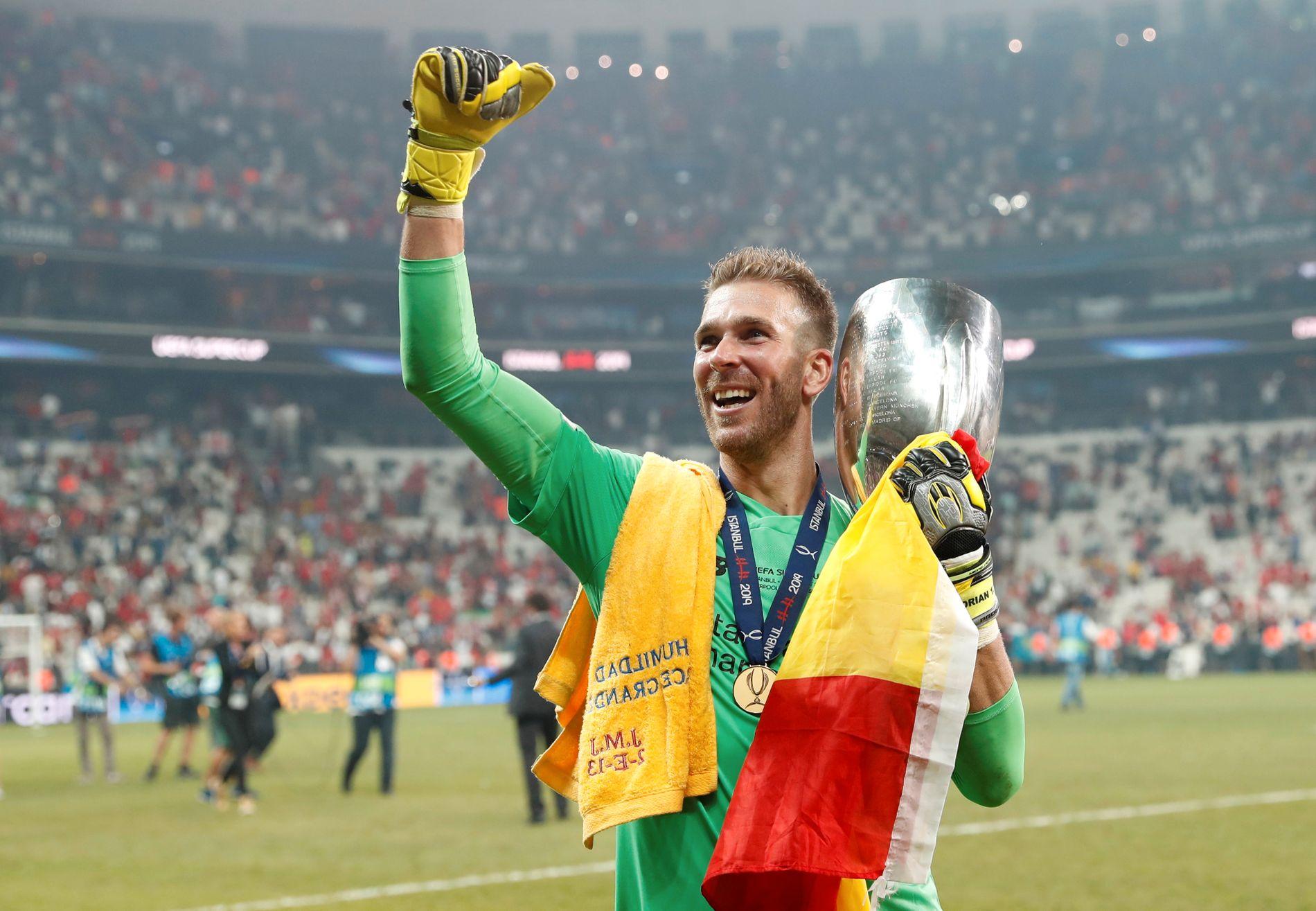 Spanske Adrián ble helten for Liverpool på onsdag. Nå er han usikker til helgens kamp.