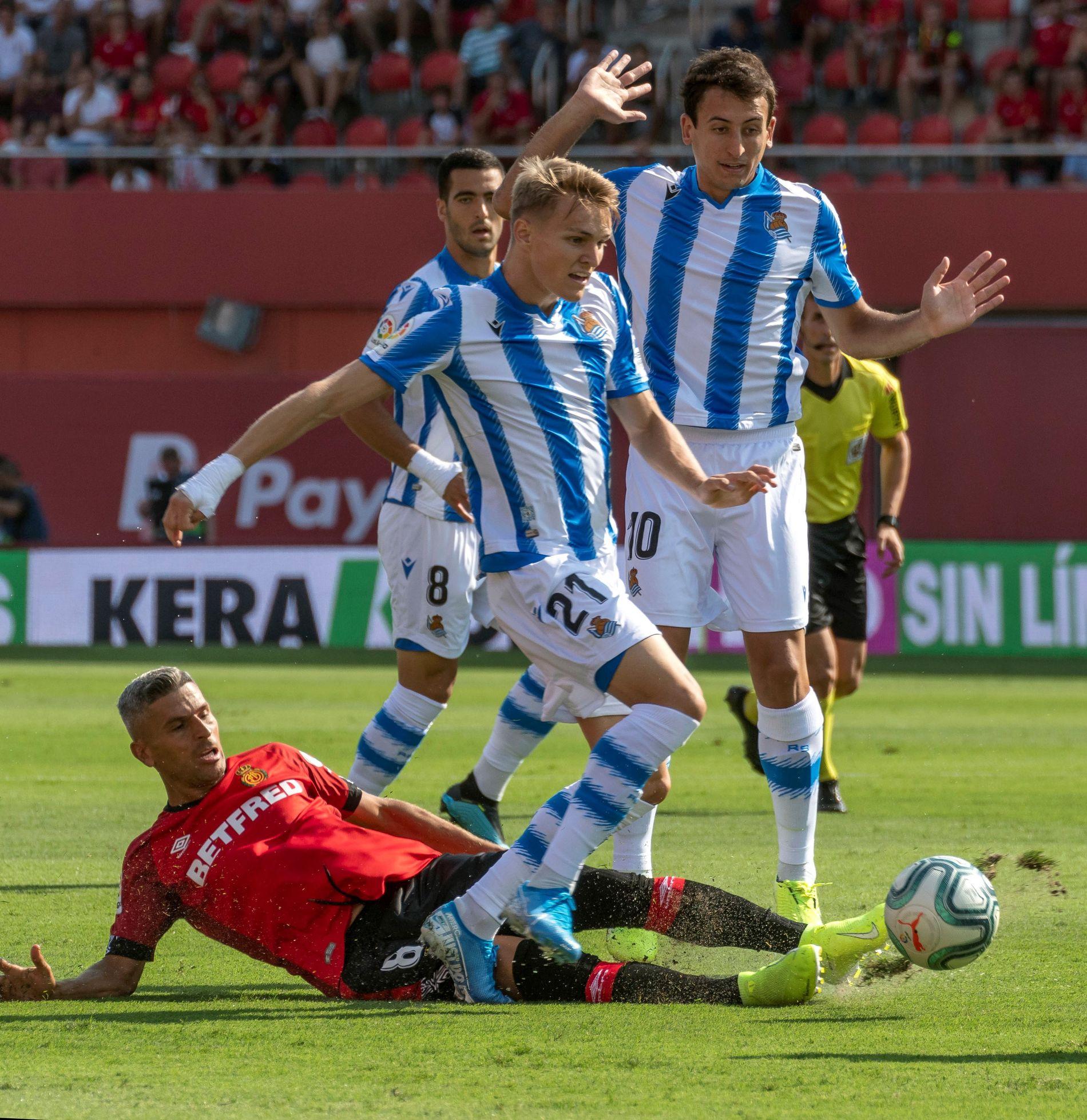 Martin Ødegaard ble den store helten for tilreisende Real Sociedad-fans søndag, da han scoret kampens eneste mål borte mot Mallorca.