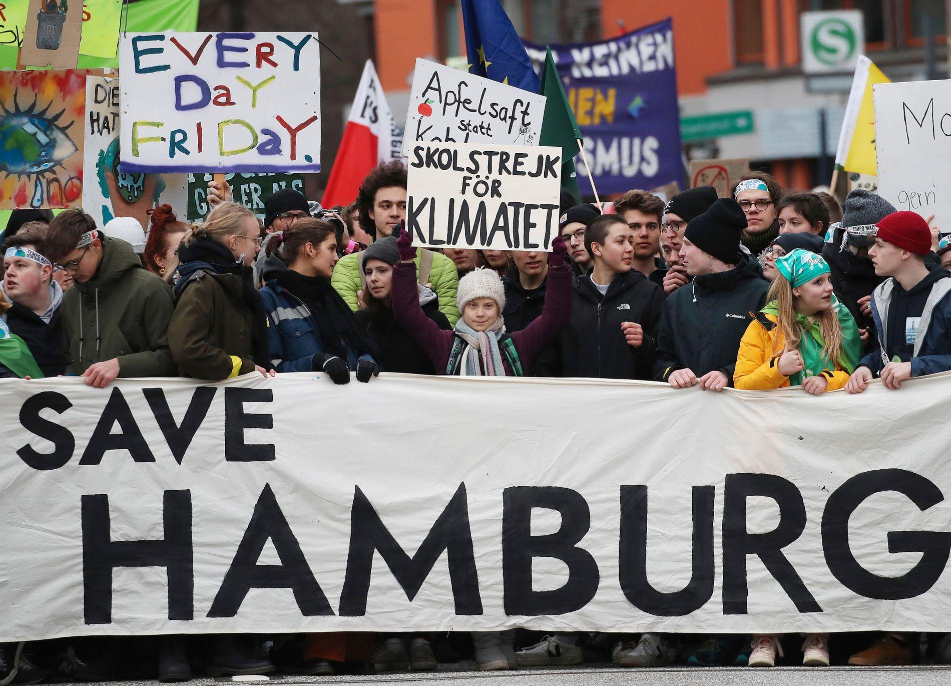 20.000 protesterte med Thunberg i Hamburg
