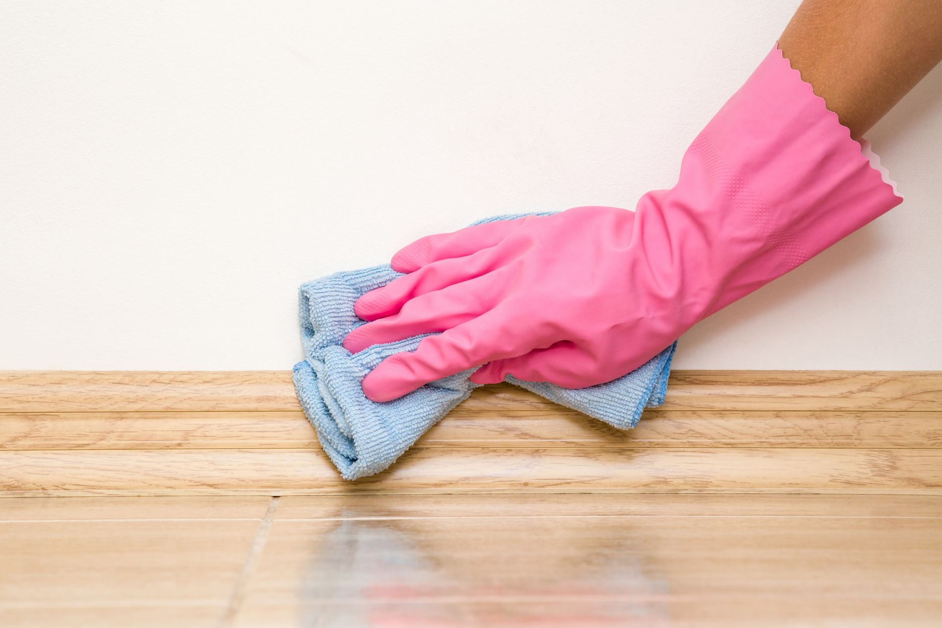 – Det er ekstra bra for astmatikere og allergikere å gå over veggene, men alle bør få det inn i rutinen.
