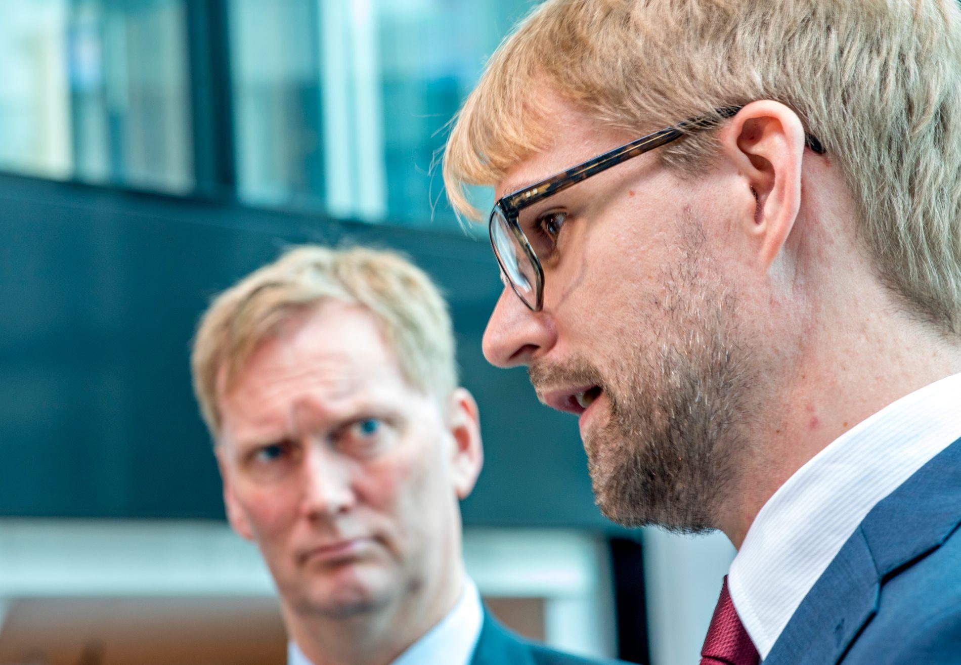 MÅ DELE SKULDA: I april gjekk Harald Schjelderup av som byrådsleiar frå AP. Roger Valhammer tok over. Dei har saman ansvaret for Aps elendige val.