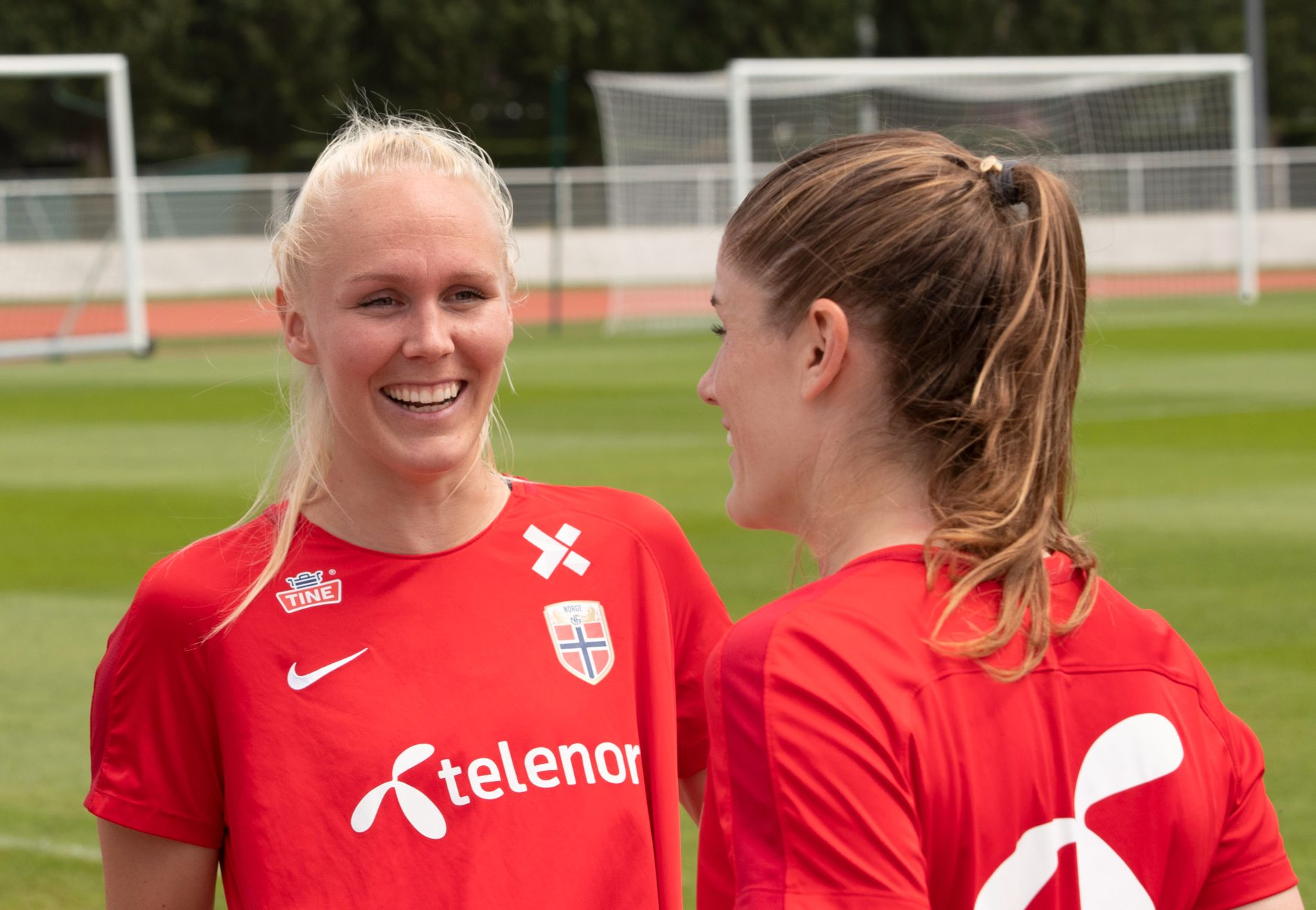 FLERE NORDMENN: Maria Thorisdottir og Maren Mjelde har begge spilt for Chelsea siden 2017. Fra i sommer blir også Brede Tokvam og Guro Reiten en del av klubben.