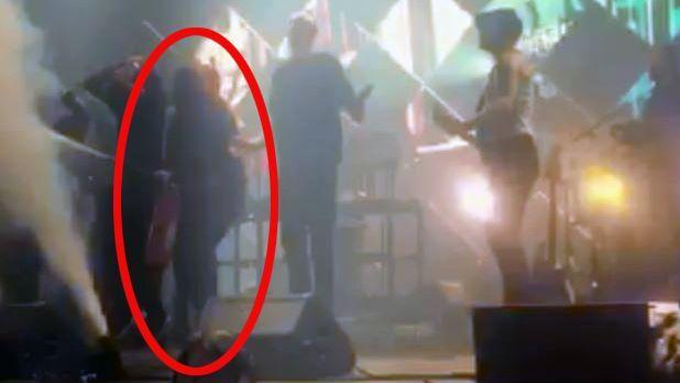 RETTEN NESTE: Her er mannen på scenen med pulverapparatet. Til høsten må han møte i Bergen tingrett.