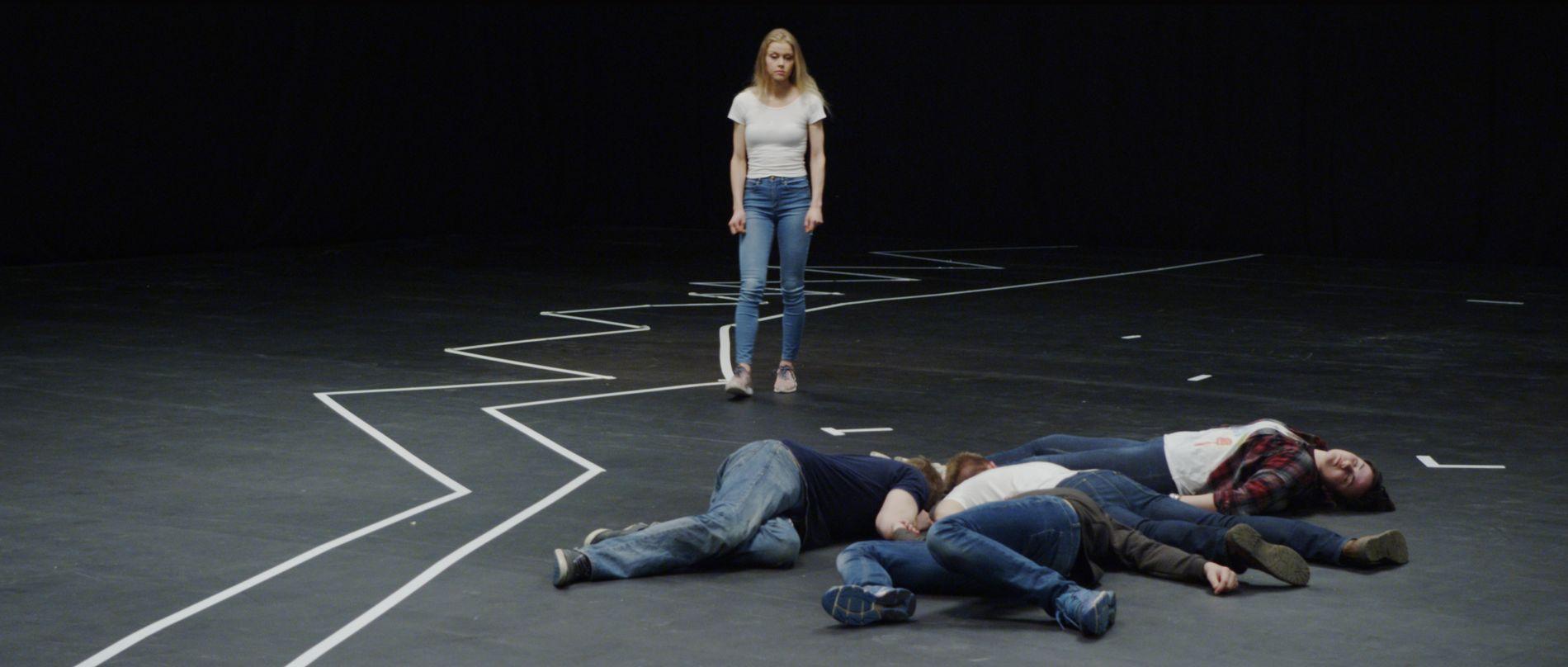 RAKELS HISTORIE: Filmen kan være empatifremmende, og bidra til å justere oppfatningen om mot og menneskelig atferd under ekstrem trussel, skriver Frode Bjerkestrand.
