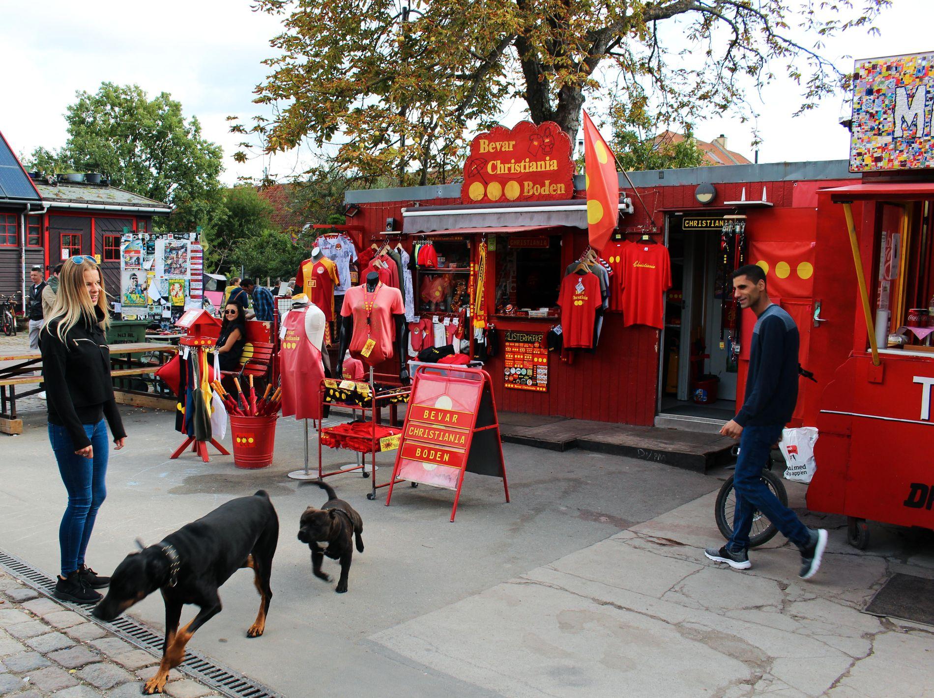 LA CHRISTIANIA LEVE: Christiania er blitt heftig debattert i Danmark de siste årene. De mest ihuga ønsker selvsagt at det lille området skal bli slikt det er.