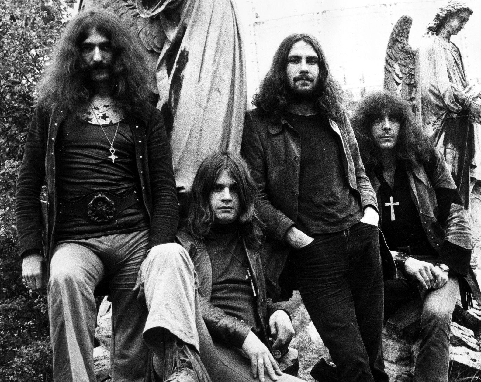 TUNGE FORBILDER: De første platene til Black Sabbath er doom-sjangerens hellige skrifter. Lørdag holder entusiastene andakt i Hulen.