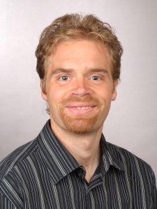 FORSKER: Lege Lars Fadnes har jobbet med forskning blant annet på kostholdsmønstre. Han sitter også i Nasjonalt råd for ernæring og klinisk arbeid som fastlege (som spesialist i allmennmedisin). Han er førsteamanuensis ved Universitet I Bergen og leder for forskningsgruppen ved Haukeland universitetssykehus.