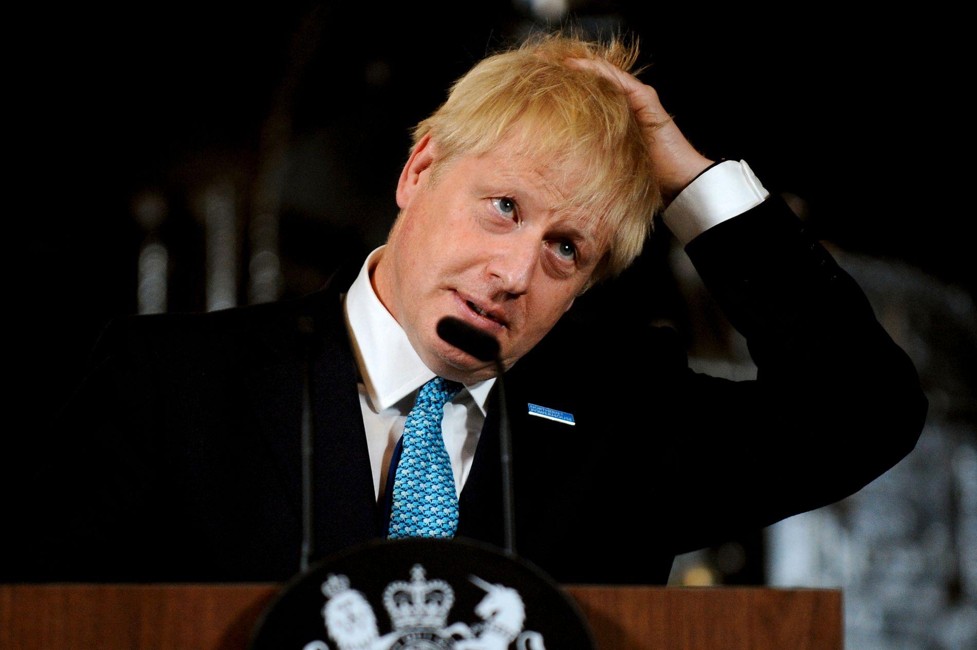 Storbritannias statsminister Boris Johnson under en tale i Manchester lørdag. Foto: Rui Vieira / AP / NTB scanpix