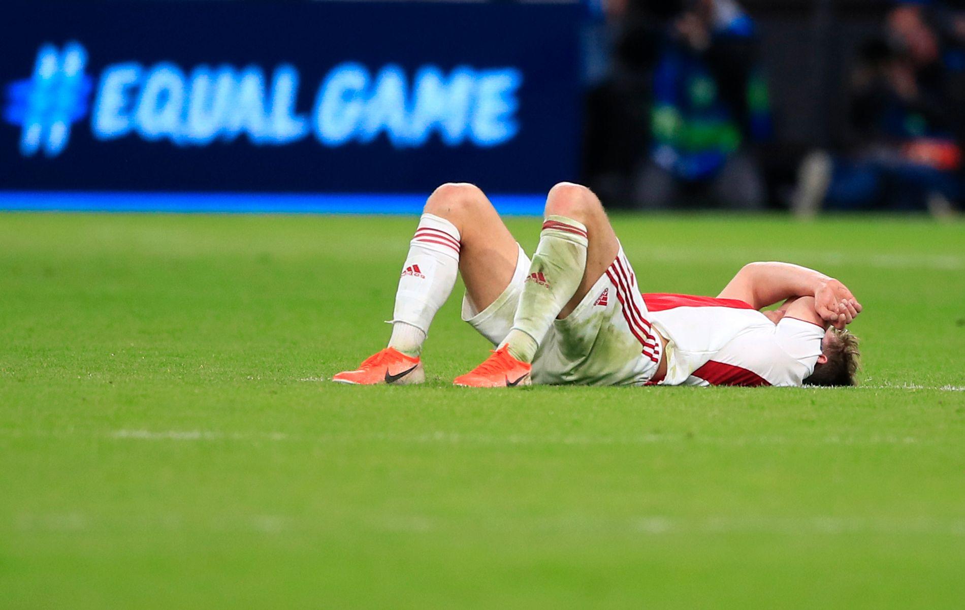 Ajax-spillerne hadde det tungt.