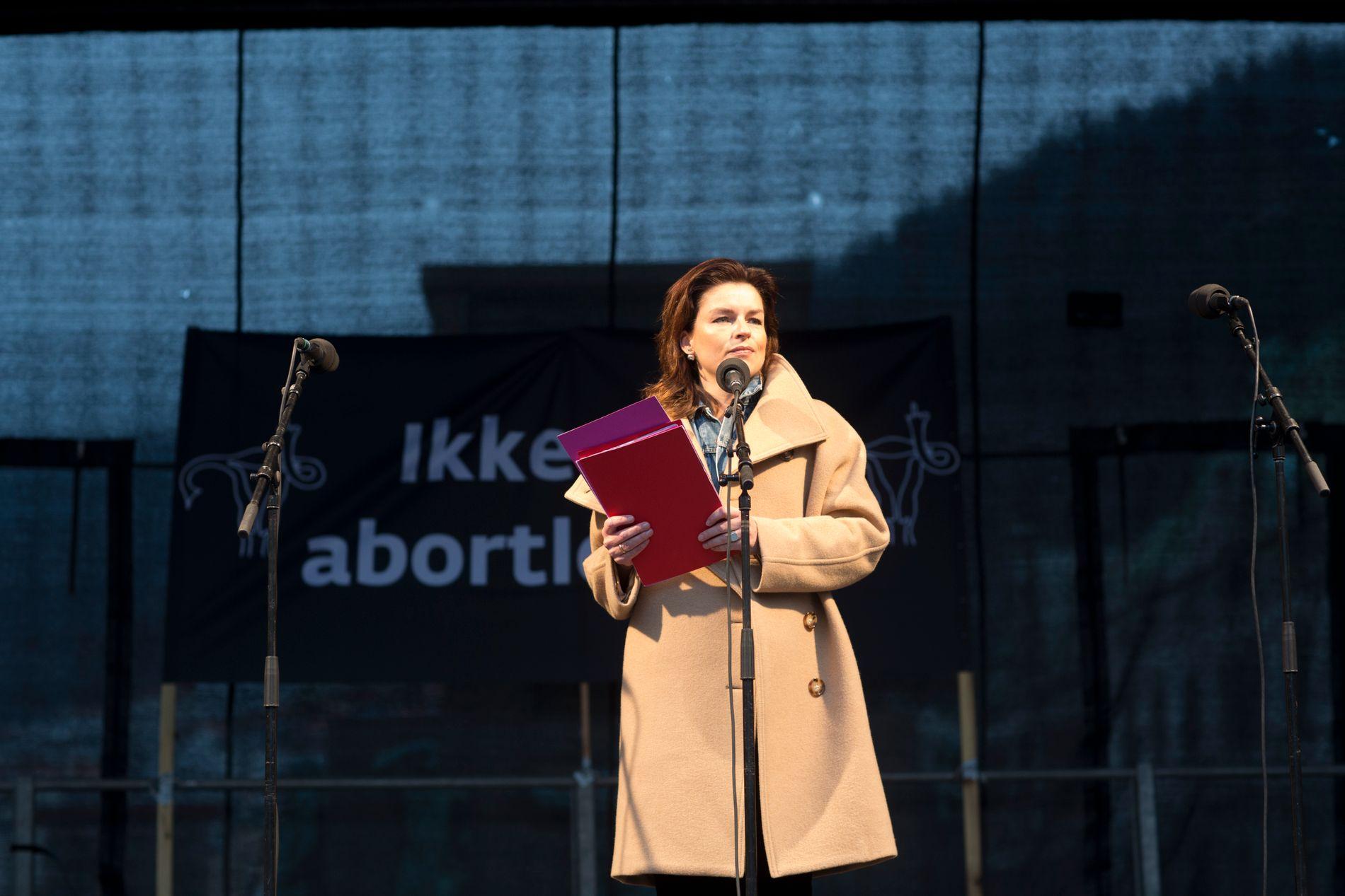 APPELL: Lege Agnethe Lund holdt appellen på Torgallmenningen lørdag.