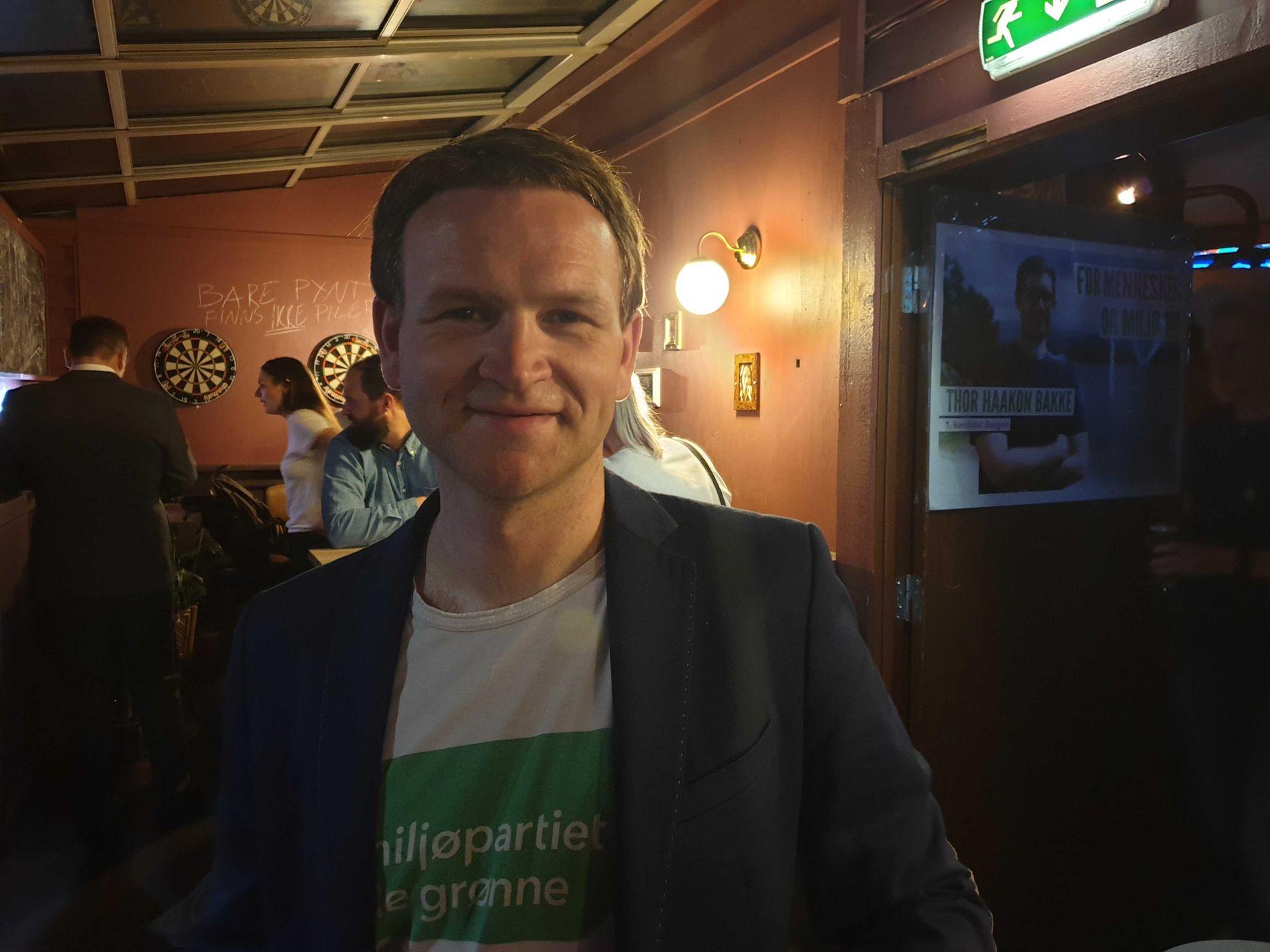 TREDJEKANDIDAT: Øystein Bønes er fornøyd med de foreløpige tallene, men tror MDG kommer til å få færre mandater enn syv.
