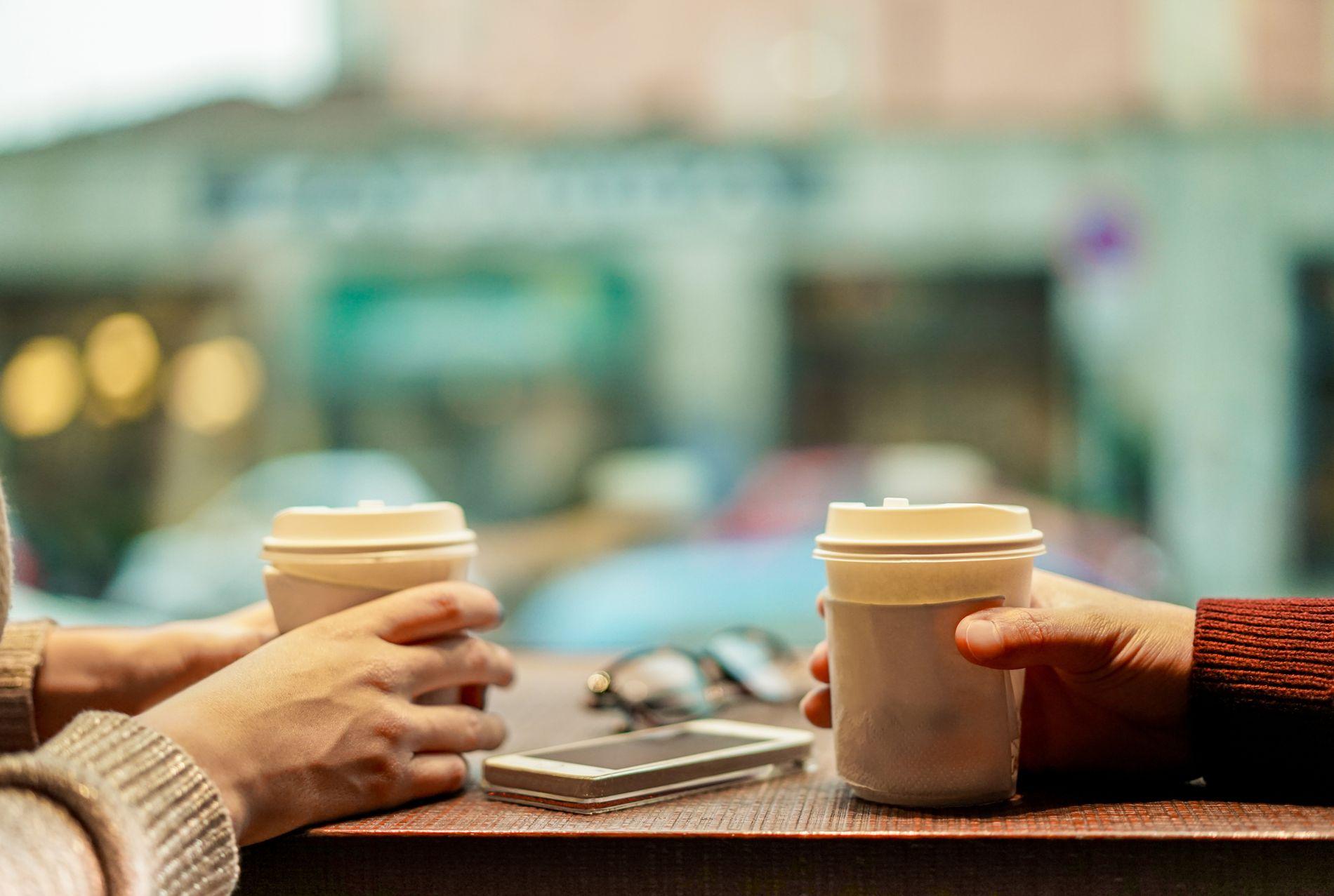 UNIVERSELT SPRÅK: Til alle som kjenner på skepsis og fremmedfrykt: Ta en kaffe, spør om religionen og kulturen til vedkommende.